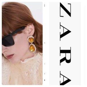 NWT Large ZARA Bejeweled Citrine/Gold Drop Earring